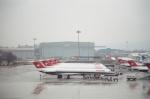tokadaさんが、チューリッヒ空港で撮影したスイス航空 MD-81 (DC-9-81)の航空フォト(写真)