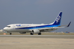 speedbirdさんが、那覇空港で撮影した全日空 737-881の航空フォト(写真)