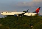 あしゅーさんが、福岡空港で撮影したデルタ航空 767-332/ERの航空フォト(写真)