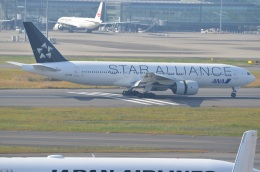 amagoさんが、羽田空港で撮影した全日空 777-281の航空フォト(写真)