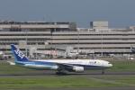 OS52さんが、羽田空港で撮影した全日空 777-281/ERの航空フォト(写真)