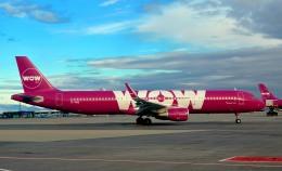kamerajiijiさんが、ケプラヴィーク国際空港で撮影したWOWエア A321-211の航空フォト(写真)