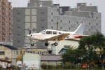 hidetsuguさんが、札幌飛行場で撮影した日本個人所有 PA-28R-201 Arrow IIIの航空フォト(写真)
