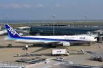 パンダさんが、羽田空港で撮影した全日空 777-381の航空フォト(写真)