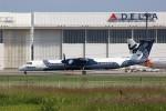 トールさんが、成田国際空港で撮影したオーロラ DHC-8-200Q Dash 8の航空フォト(写真)