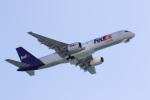 チャッピー・シミズさんが、ロングビーチ空港で撮影したフェデックス・エクスプレス 757-2B7の航空フォト(写真)