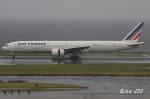 RINA-200さんが、羽田空港で撮影したエールフランス航空 777-328/ERの航空フォト(写真)