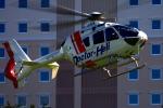 3104さんが、獨協医大病院で撮影した本田航空 EC135P2+の航空フォト(写真)