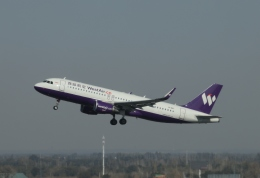 TAOTAOさんが、ウルムチ地窩堡国際空港で撮影した西部航空 A320-214の航空フォト(飛行機 写真・画像)