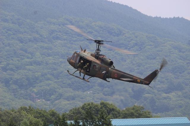 おにぎり大臣さんが、富士駐屯地で撮影した陸上自衛隊 UH-1Jの航空フォト(飛行機 写真・画像)
