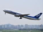 こじゆきさんが、金浦国際空港で撮影した全日空 767-381/ERの航空フォト(写真)