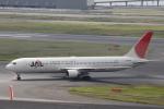 小牛田薫さんが、羽田空港で撮影した日本航空 767-346の航空フォト(写真)