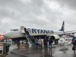 航空フォト:EI-DCH ライアンエア 737-800