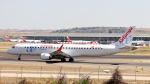 誘喜さんが、マドリード・バラハス国際空港で撮影したエア・ヨーロッパ・エクスプレス ERJ-190-200 LR (ERJ-195LR)の航空フォト(写真)
