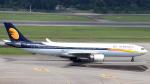 誘喜さんが、シンガポール・チャンギ国際空港で撮影したジェットエアウェイズ A330-302の航空フォト(写真)