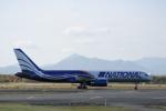 ATOMさんが、千歳基地で撮影したナショナル・エアラインズ 757-28Aの航空フォト(写真)