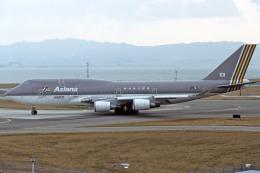 Gambardierさんが、関西国際空港で撮影したアシアナ航空 747-48Eの航空フォト(写真)