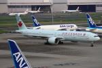 セブンさんが、羽田空港で撮影したエア・カナダ 777-333/ERの航空フォト(飛行機 写真・画像)