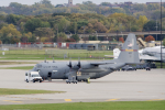 eagletさんが、ミネアポリス・セントポール国際空港で撮影したアメリカ空軍 C-130H Herculesの航空フォト(写真)