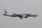 幹ポタさんが、福岡空港で撮影したジェイ・エア ERJ-190-100(ERJ-190STD)の航空フォト(写真)