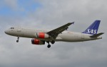 IL-18さんが、ロンドン・ヒースロー空港で撮影したスカンジナビア航空 A320-232の航空フォト(写真)