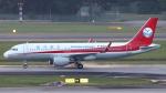 誘喜さんが、シンガポール・チャンギ国際空港で撮影した四川航空 A320-214の航空フォト(写真)