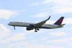 OS52さんが、成田国際空港で撮影したデルタ航空 757-26Dの航空フォト(写真)