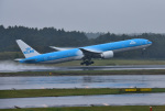 mojioさんが、成田国際空港で撮影したKLMオランダ航空 777-306/ERの航空フォト(写真)
