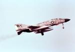 ノビタ君さんが、厚木飛行場で撮影したアメリカ海兵隊 F-4J Phantom IIの航空フォト(写真)