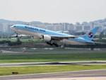 こじゆきさんが、金浦国際空港で撮影した大韓航空 777-2B5/ERの航空フォト(写真)