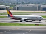 こじゆきさんが、金浦国際空港で撮影したアシアナ航空 767-300の航空フォト(写真)