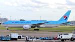 誘喜さんが、ロンドン・ヒースロー空港で撮影した大韓航空 777-FEZの航空フォト(写真)
