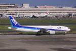 けいとパパさんが、羽田空港で撮影した全日空 777-281の航空フォト(写真)
