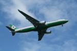 hachiさんが、新千歳空港で撮影したエバー航空 A330-302の航空フォト(写真)