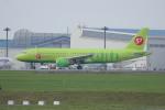 resocha747さんが、成田国際空港で撮影したS7航空 A320-214の航空フォト(写真)