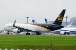 ぎんじろーさんが、羽田空港で撮影したUPS航空 767-34AF/ERの航空フォト(写真)