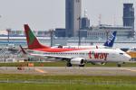 panchiさんが、成田国際空港で撮影したティーウェイ航空 737-8Q8の航空フォト(写真)