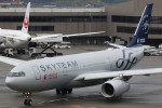 JA882Aさんが、成田国際空港で撮影した中国東方航空 A330-243の航空フォト(写真)