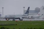 木人さんが、成田国際空港で撮影した中国東方航空 A330-243の航空フォト(写真)