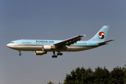 Gambardierさんが、伊丹空港で撮影した大韓航空 A300B4-622の航空フォト(写真)