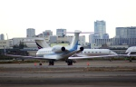 KAZKAZさんが、羽田空港で撮影したアメリカ企業所有 Gulfstream G650ER (G-VI)の航空フォト(写真)