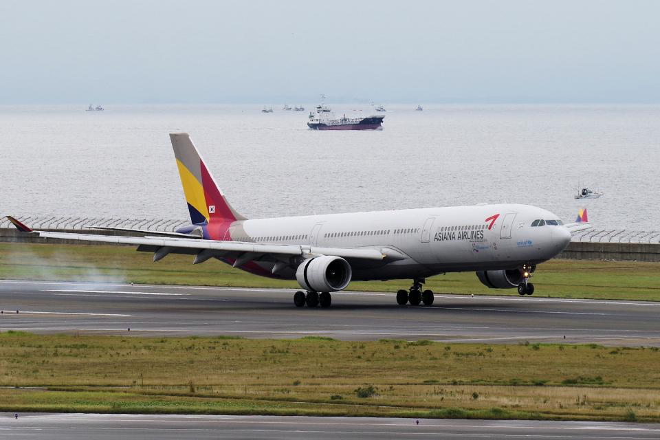 yabyanさんのアシアナ航空 Airbus A330-300 (HL7795) 航空フォト