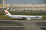 よしポンさんが、羽田空港で撮影した中国国際航空 A330-343Eの航空フォト(写真)