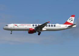 voyagerさんが、フランクフルト国際空港で撮影したオーストリア航空 A321-111の航空フォト(飛行機 写真・画像)