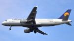 誘喜さんが、フランクフルト国際空港で撮影したルフトハンザドイツ航空 A320-211の航空フォト(写真)