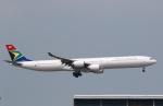 sky-spotterさんが、香港国際空港で撮影した南アフリカ航空 A340-642の航空フォト(写真)