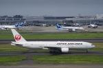 SOMAさんが、羽田空港で撮影した日本航空 777-289の航空フォト(写真)