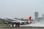 まっささんが、小松空港で撮影したカーゴルクス 747-8R7F/SCDの航空フォト(写真)
