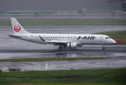 mojioさんが、羽田空港で撮影したジェイ・エア ERJ-190-100(ERJ-190STD)の航空フォト(写真)