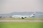 tokadaさんが、伊丹空港で撮影した大韓航空 747-4B5の航空フォト(写真)